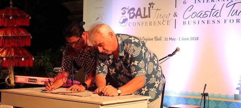 Pasar Internasional bersatu untuk memberdayakan perikanan one by one tuna di Indonesia